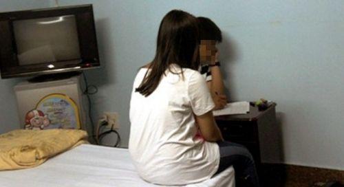 Bình Thuận: Xác minh vụ bắt quả tang cô giáo vào khách sạn với nam sinh lớp 10 - Ảnh 1