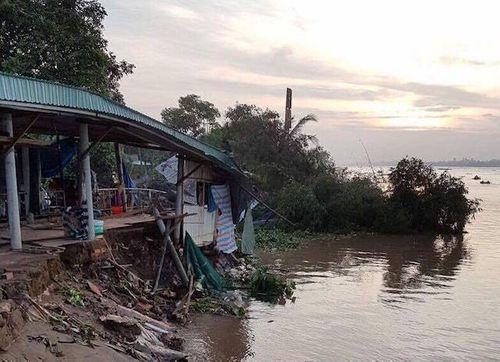 """Sạt lở tại cồn Phú Đa: """"Luồng nước xoáy nuốt cầu phà gần 100 tấn trong phút chốc"""" - Ảnh 2"""