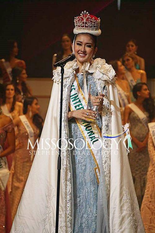 Người đẹp Indonesia đăng quang Hoa hậu Quốc tế 2017 - Ảnh 1