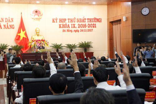 Ông Nguyễn Xuân Anh bị bãi nhiệm chức Chủ tịch HĐND TP Đà Nẵng - Ảnh 1