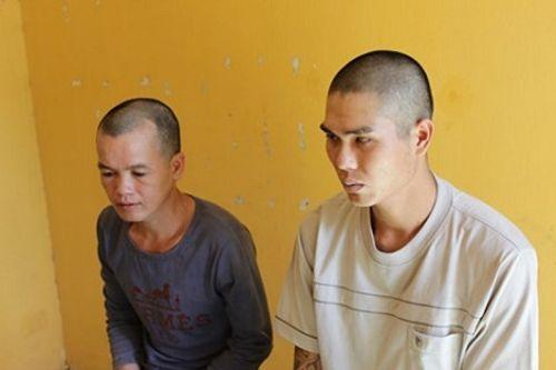 3 đối tượng tạt axit dằn mặt đối thủ bị bắt tạm giam - Ảnh 1
