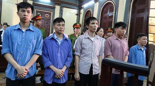 """""""Bà trùm"""" đường dây mua bán ma túy ở Sài Gòn lãnh án tử hình - Ảnh 1"""