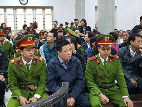 Ông Hà Văn Thắm bị truy tố thêm tội tham ô tài sản - Ảnh 1