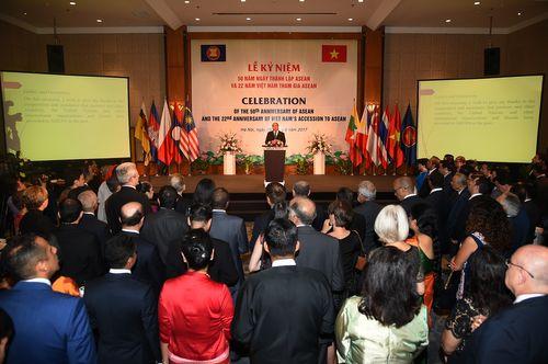 Thủ tướng: ASEAN đang làm chủ vận mệnh của mình - Ảnh 3