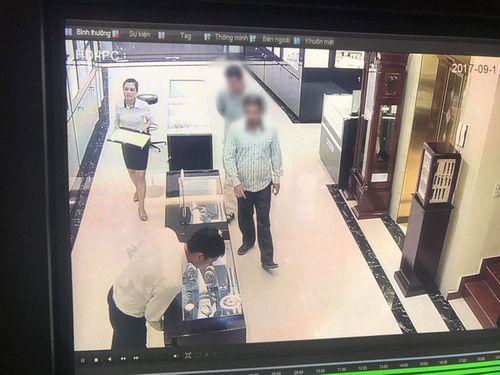 Hành trình lần theo dấu vết bắt nghi phạm trộm đồng hồ hơn 200 triệu - Ảnh 1