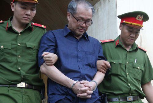 """Xử """"đại án"""" Phạm Công Danh: Luật sư đề nghị thu hồi 3.690 tỷ từ cha con ông Trần Quý Thanh - Ảnh 1"""