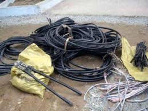 Băng trộm dây cáp điện lãnh 45 năm tù - Ảnh 1
