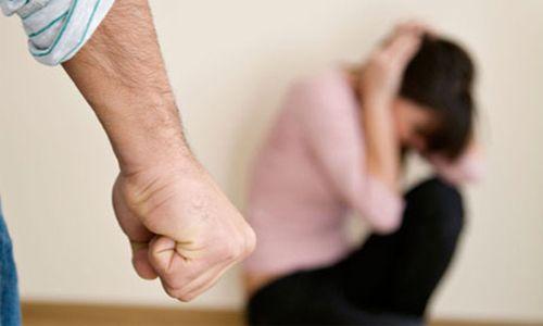 Điều tra vụ chồng đánh vợ cũ trọng thương rồi treo cổ tự tử - Ảnh 1