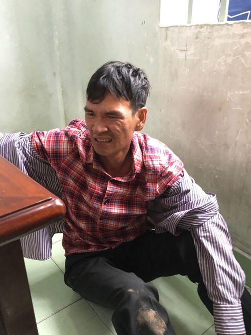 Bắt nghi can gây ra hàng loạt vụ cướp xe ôm ở Sài Gòn - Ảnh 1