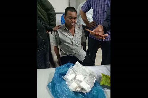 Đà Nẵng: Đặc nhiệm Biên phòng bắt người đàn ông vận chuyển ma túy - Ảnh 1