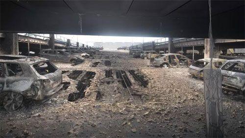 Hiện trường vụ cháy 1.400 ô tô trong bãi đỗ 7 tầng - Ảnh 1