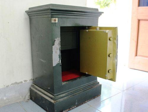 Khoan két sắt của gia đình, trộm gần 16 triệu đồng rồi tạo hiện trường giả - Ảnh 1
