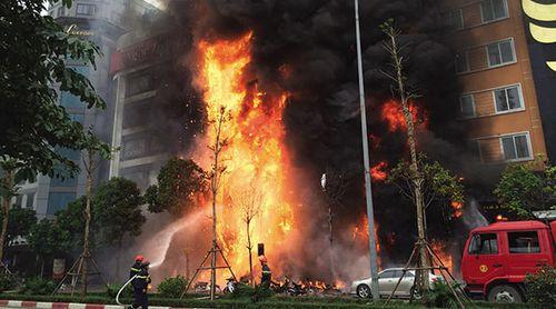 Hà Nội: Xét xử vụ cháy quán karaoke khiến 13 người tử vong - Ảnh 2