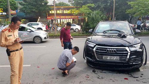 Tin tai nạn giao thông mới nhất ngày 13/11/2018: Xe container lật, đè chết 2 mẹ con ở Ba Vì - Ảnh 3