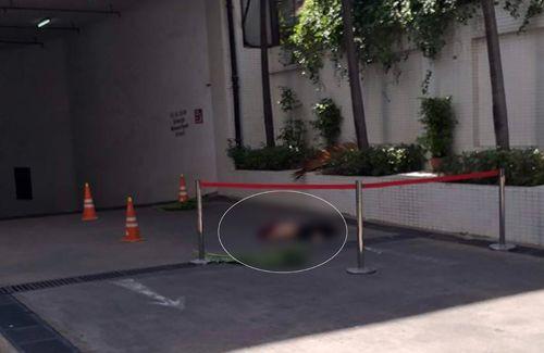 Người đàn ông bất ngờ rơi từ tầng cao tòa Saigon Trade Center, tử vong - Ảnh 1