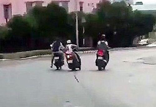 Điều tra vụ cô gái bị xịt hơi cay cướp xe tay ga ở Sài Gòn - Ảnh 1