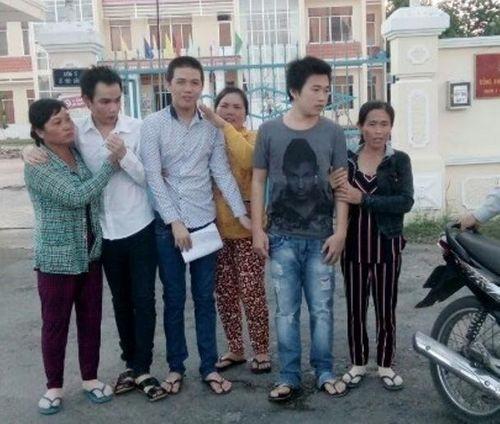 3 thanh niên bị oan sai ở Cà Mau được bồi thường gần 500 triệu đồng - Ảnh 1