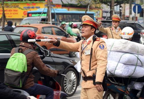 Xử lý nghiêm, triệt để các hành vi vi phạm trật tự, an toàn giao thông - Ảnh 1