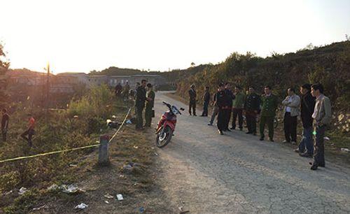 Thăm, động viên gia đình chiến sỹ công an hy sinh khi làm nhiệm vụ trong ngày Mùng 2 Tết - Ảnh 2