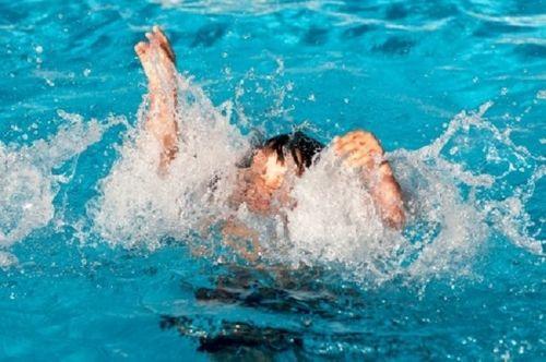 Cứu sống 6 trẻ bị đuối nước tại khu du lịch trong 2 ngày Tết - Ảnh 1