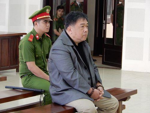 Người nhắn tin đe dọa Chủ tịch Đà Nẵng hầu tòa - Ảnh 1