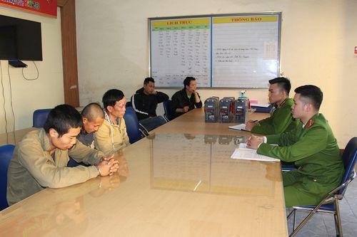 Bắt nhóm đối tượng chuyên trộm cắp bình ắc quy tại các Trạm BTS liên tỉnh - Ảnh 1