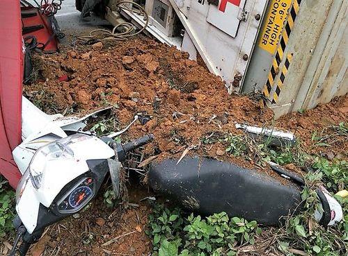 Tin tức tai nạn giao thông mới nhất ngày 15/3/2018 - Ảnh 2