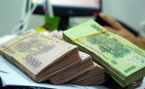 Bắt người đàn ông rao bán tiền giả qua mạng xã hội - Ảnh 1