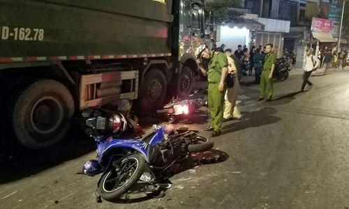 Vụ xe ben tông hàng loạt xe máy ở Sài Gòn: Tài xế ra trình diện - Ảnh 1