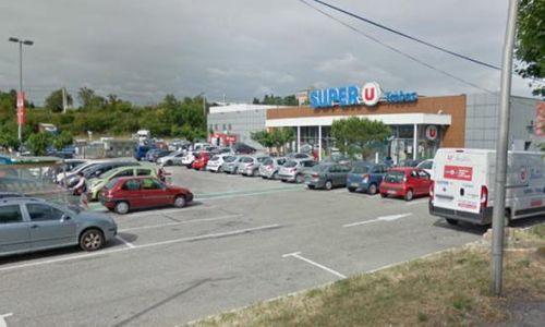 Nổ súng, bắt cóc con tin ở siêu thị tại Pháp, ít nhất 2 người chết - Ảnh 2