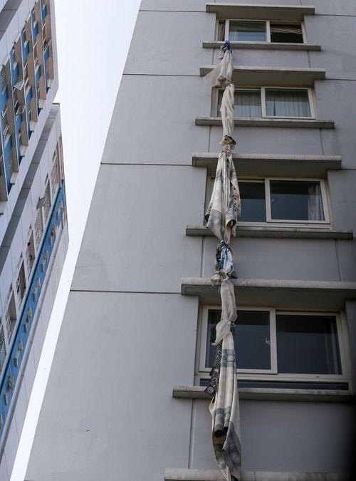 Vụ cháy chung cư Carina: Tột cùng nỗi đau 2 gia đình có 3 người thiệt mạng - Ảnh 2