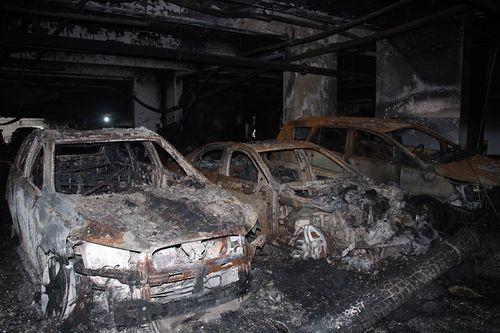 Vụ cháy chung cư Carina Plaza, 13 người thiệt mạng: Khởi tố vụ án - Ảnh 1