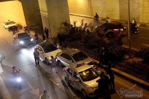 Hà Nội: Tai nạn giao thông liên hoàn trong hầm Thanh Xuân - Ảnh 1
