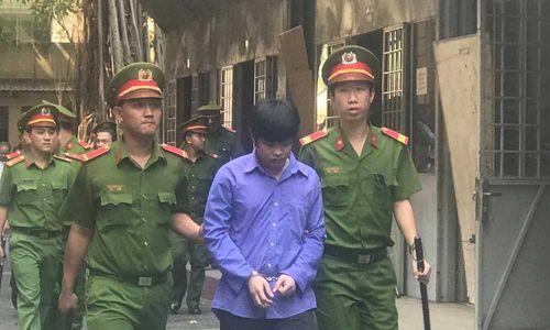 Án chung thân cho kẻ sát hại du khách Mỹ ở phố Tây Sài Gòn - Ảnh 1