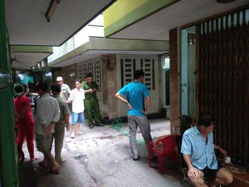 Điều tra nghi án nam thanh niên bị truy sát tử vong ở trung tâm Sài Gòn - Ảnh 1