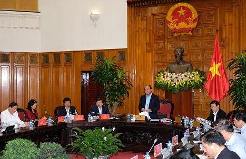 Thủ tướng Nguyễn Xuân Phúc yêu cầu khởi tố hành vi đánh bác sĩ trong bệnh viện - Ảnh 1