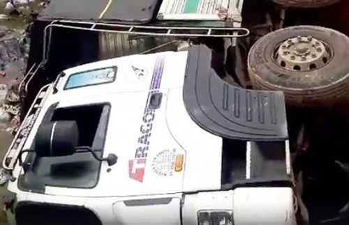 Tin tức tai nạn giao thông mới nhất ngày 28/4/2018 - Ảnh 1