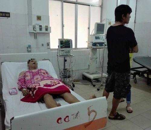 Đôi nam nữ nhập viện với vết thương thấu ngực ở Cần Thơ - Ảnh 1