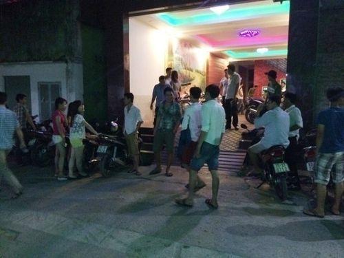 Truy bắt nghi phạm đâm kỹ sư tử vong tại quán karaoke - Ảnh 1