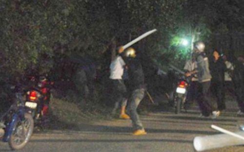 Điều tra vụ 2 nhóm thanh niên hỗn chiến trong đêm, 3 người tử vong - Ảnh 1