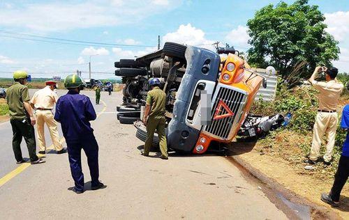 Tin tức tai nạn giao thông mới nhất ngày 3/5/2018 - Ảnh 1