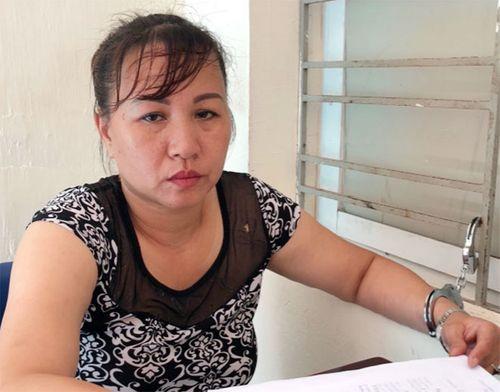 """Bắt """"nữ quái"""" U50 cầm đầu đường dây ma túy xuyên Việt - Ảnh 1"""