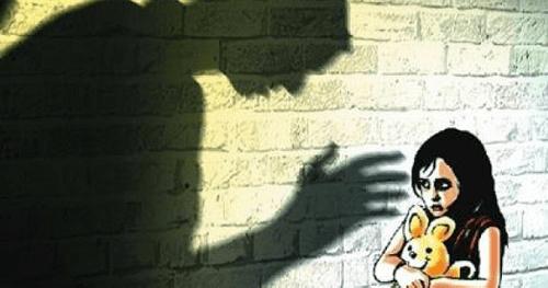 Bộ Công an: Phát hiện 454 vụ hiếp dâm, cưỡng dâm trẻ em trong năm 2017 - Ảnh 1