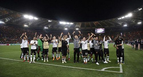 Vượt qua Roma 7-6, Liverpool đối đầu Real Madrid tại chung kết Champions League - Ảnh 2