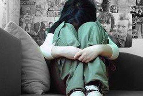 """Vụ bé gái 15 tuổi tố bị hàng xóm xâm hại: Trần tình của """"người trong cuộc"""" - Ảnh 1"""