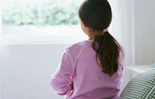 Điều tra vụ  thanh niên xâm hại bé gái, viết giấy hẹn bồi thường 50 triệu đồng - Ảnh 1