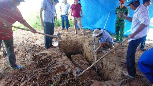 Thông tin mới vụ khai quật tử thi nữ kế toán trưởng, 6 năm còn nguyên vẹn - Ảnh 2