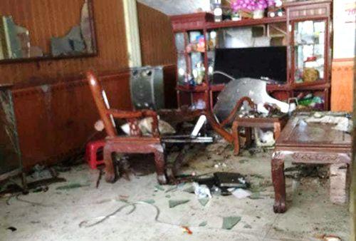 Điều tra nghi án con rể mang thuốc nổ đến nhà bố vợ cũ tự sát - Ảnh 2