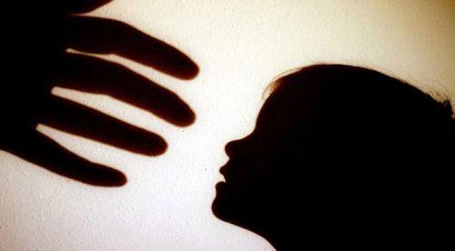 Thông tin mới vụ cha bị tố lạm dụng tình dục với con gái ruột 10 tuổi - Ảnh 1