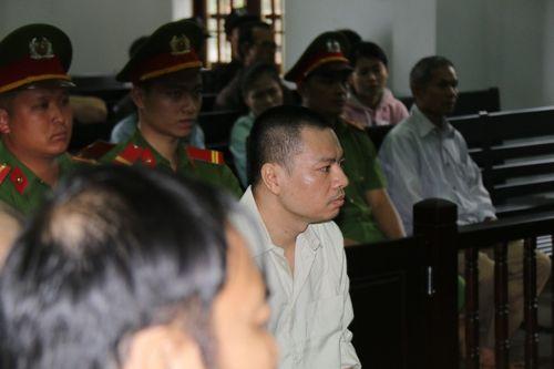 Vụ xả súng 3 người chết ở Đắk Nông: Tử tù Đặng Văn Hiến gửi đơn xin ân xá lên Chủ tịch nước - Ảnh 1